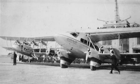 Picture Prompt – Croydon Airport